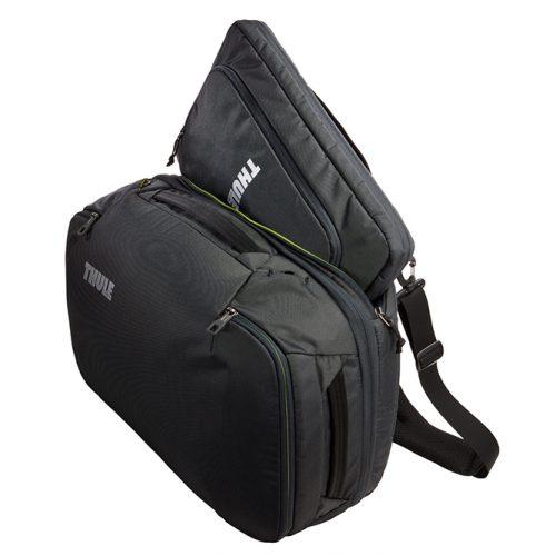 Una maleta Thule de mano versátil y con una estructura semirígida, diseñada para aprovechar el espacio al máximo. Incluye una elegante funda para computadora portátil por separado para un cómodo viaje.