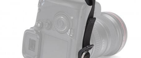 Video detalle de Case Logic DHS-101. Quick Grip para Cámara Réflex.