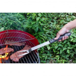 Man-Law MAN-H1-F. Tenedor parrillero. Fabricado de acero inoxidable de uso pesado de 2.5 mm de espesor. Mango de madera premium.